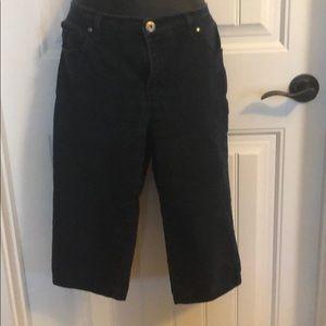 Blue jean Capri pants